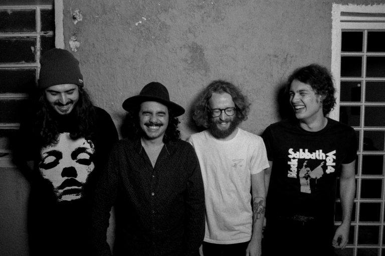 Quarteto paulistano apresenta um sludge irreverente calcado no stoner e no doom metal