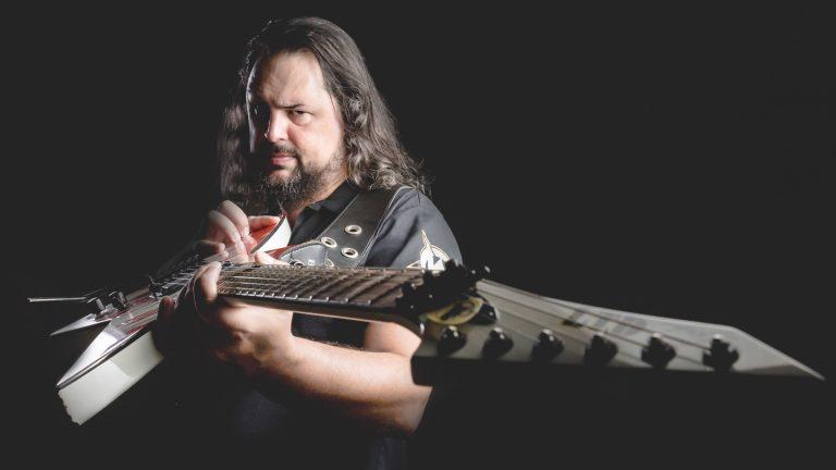 O evento foi idealizado pelo vocalista e guitarrista Alexandre Grunheidt, da banda Ancesttral