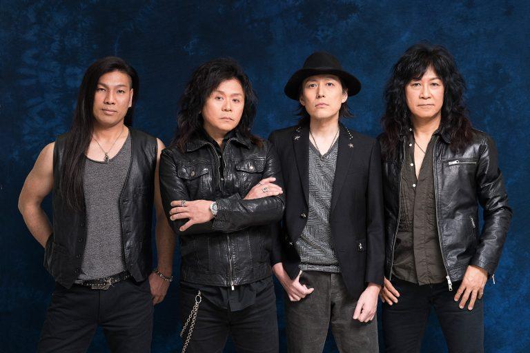 O grupo assinou contrato com a Nuclear Blast em Novembro do ano passado e lancará um álbum com seus maiores hits regravados com letras em inglês
