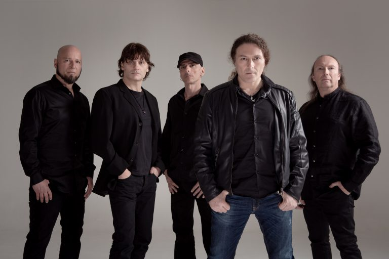Turilli/Lione Rhapsody: novo grupo formado por Luca Turilli e Fabio Lione e completado por ex-integrantes do Rhapsody