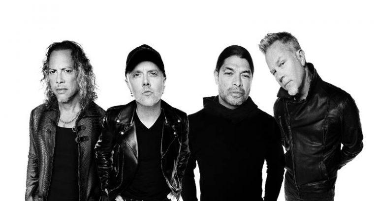 Metallica faz show beneficente para vítimas dos incêndios na Califórnia