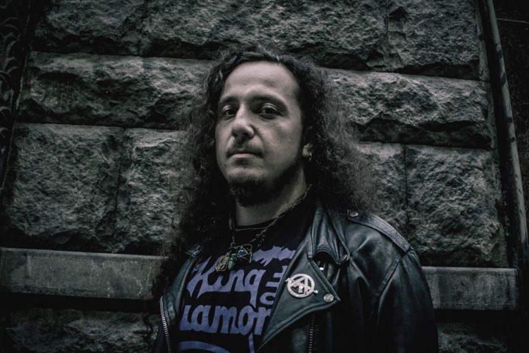 O guitarrista Rene Simionato falou com o site Headbangers News