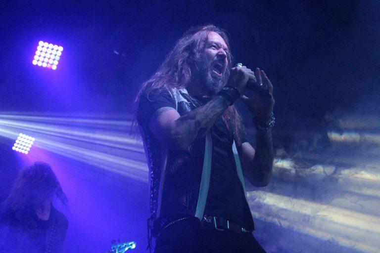 Hammerfall passa por São Paulo com show empolgante