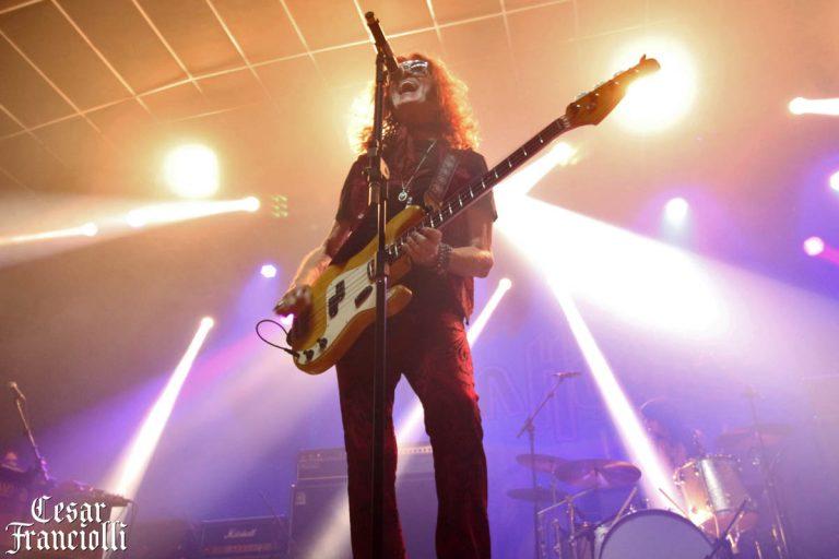 Glenn Hughes no Tropical Butantã, em São Paulo, com o show da turnê 'Performs Classic Deep Purple'