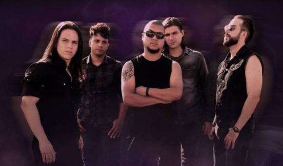 Insane Drive lança versão 'deluxe' de álbum de estreia nas plataformas digitais