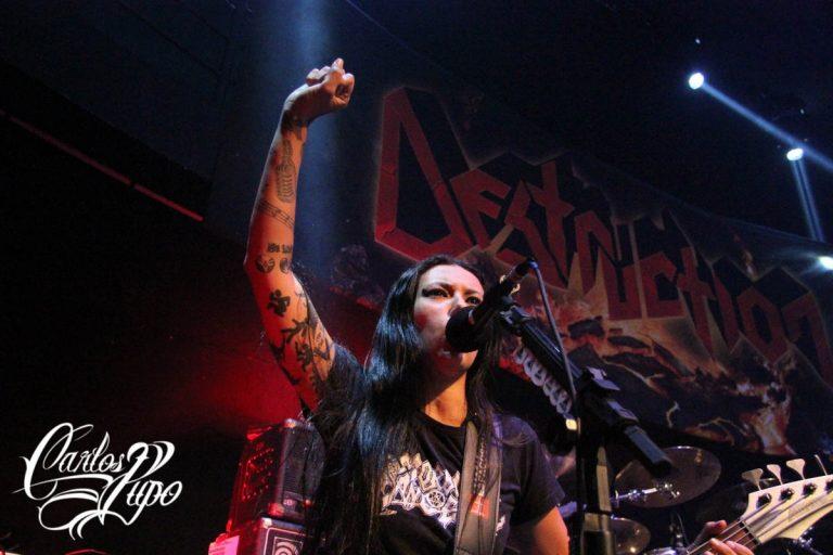 Nervosa foi convidada para abrir os shows do Destruction em São Paulo