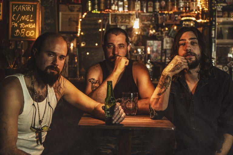 'The Fire is The Weapon Divine' é uma das faixas do segundo disco, WWIII, que sai ainda em setembro pela Abraxas Records