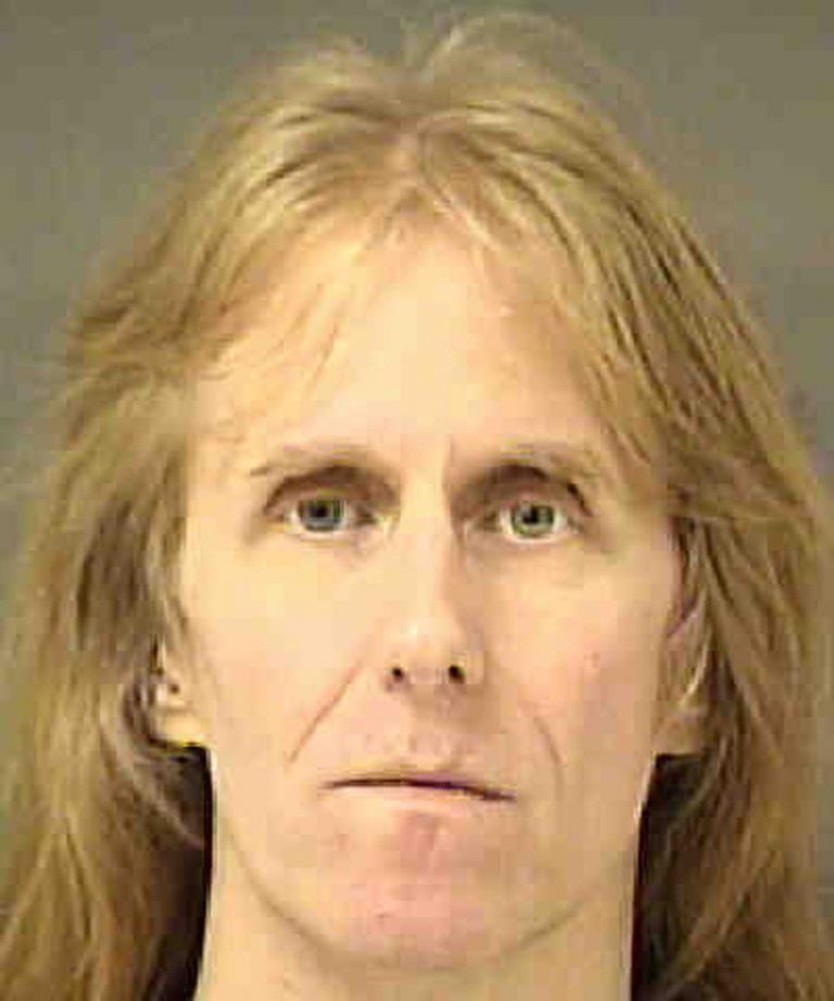 O guitarrista, preso em 9 de agosto, pagou fiança e foi liberado