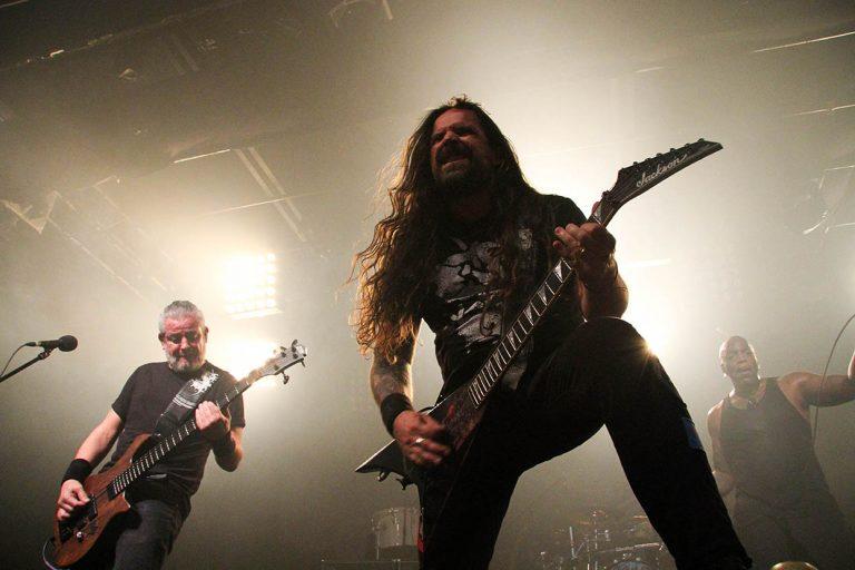 Sepultura encerra sua turnê Machine Messiah em SP