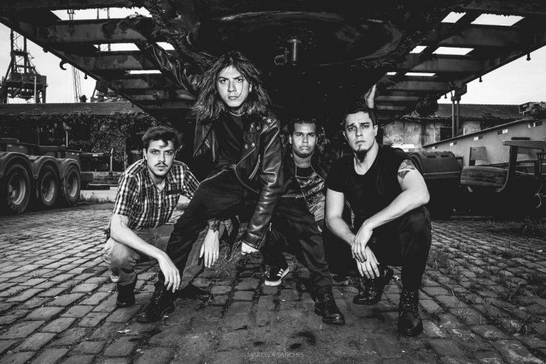 Banda SURR se inspira no thrash metal e lança 'Réquiem'