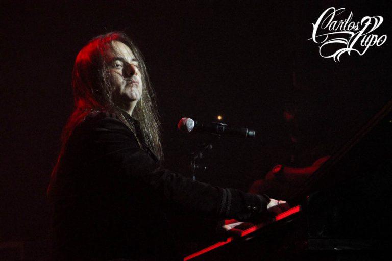 O vocalista Andre Matos, se apresenta durante o Free Pass Metal Festival III, no Espaço das Américas, em São Paulo, na noite de domingo, 02 de Junho de 2019.