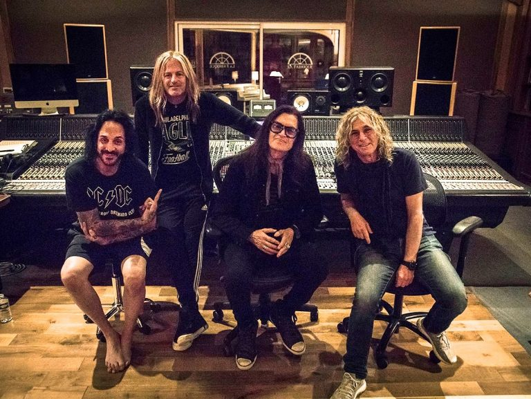 The Dead Daisies lança single inédito 'Bustle and Flow'