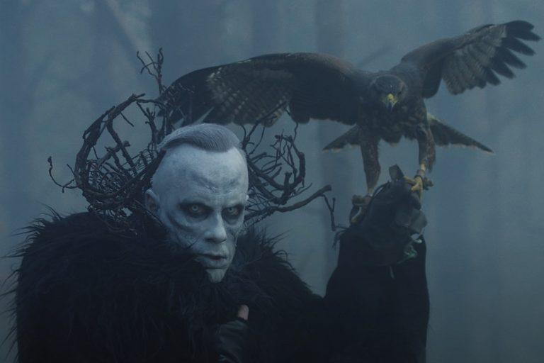 Nergal, do Behemoth, é condenado na Polônia por 'ofender sentimentos religiosos'