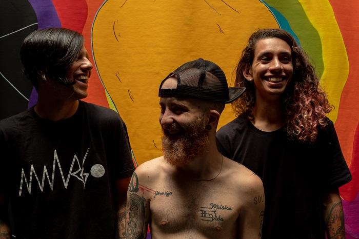 """Banda Amargo lança videoclipe para o single """"É isso ou suicídio"""""""