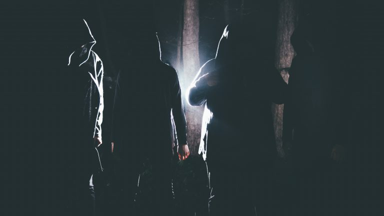 Deathwhite lança um novo vídeo para a música 'Among Us'