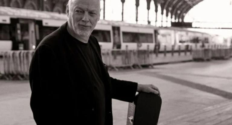 """David Gilmour lança """"Yes, I Have Ghosts"""", primeiro single em cinco anos"""