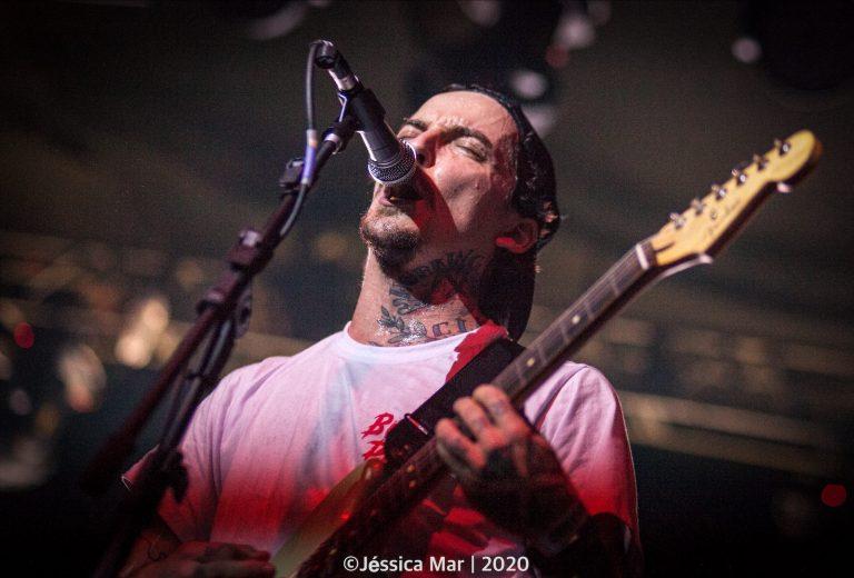 A banda Surra se apresenta na segunda edição do Overload Beer Fest, no domingo, 16 de março de 2020, no Carioca Club em São Paulo