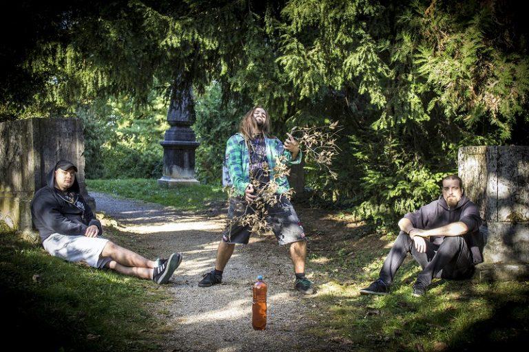 Lord Drunkalot revela detalhes do novo álbum 'Heads & Spirits'