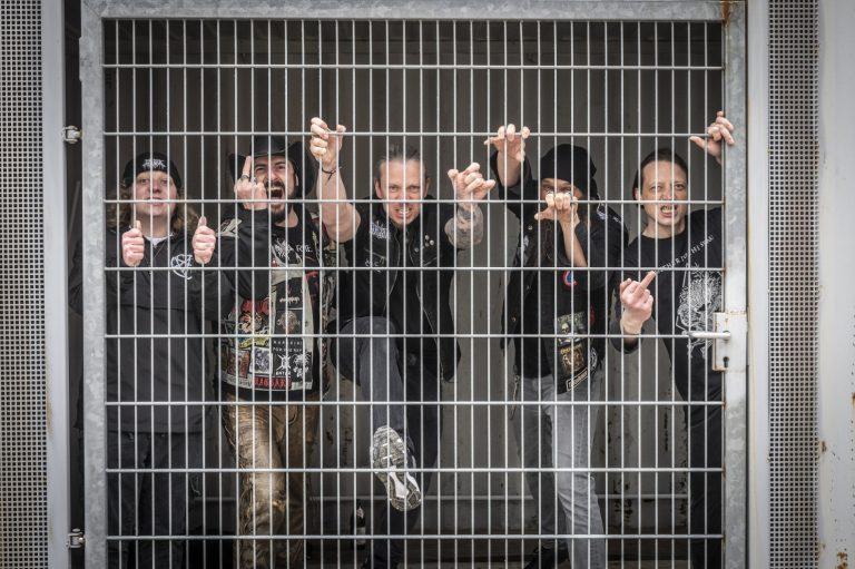 Enraged Monkeys compartilha álbum de estreia 'No Compromise'