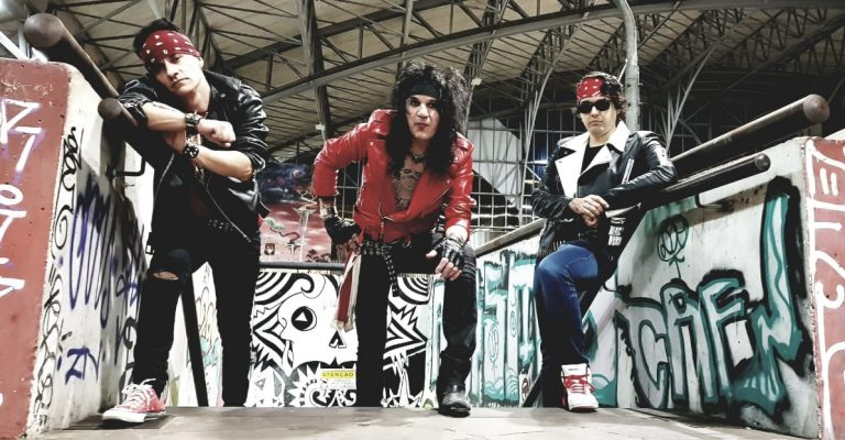 Spades Vandall lança o videoclipe 'Let's Start a Revolution'