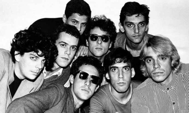 """Memory Remains: Titãs – 30 anos de """"Tudo ao Mesmo Tempo Agora"""", a despedida de Arnaldo Antunes e letras escatológicas em um álbum pesado"""
