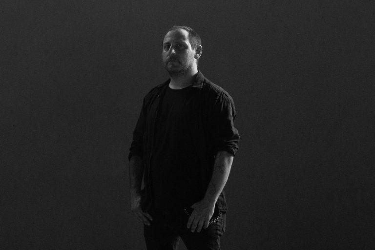O uruguaio Martín Méndez, baixista do Opeth, que agora investe também em seu projeto de death metal White Stones